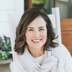 Photo of Leslie Bennett